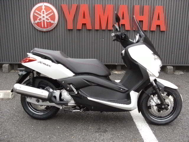 XMAX125シロ0.JPG